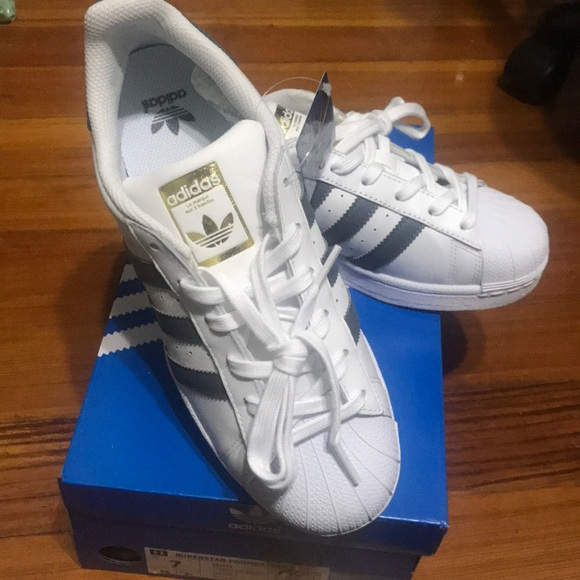 adc0fc57384 adidas Shoes | Superstar Original Sneakers Size 7 Women | Poshmark